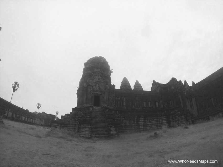 BW Angkor Wat pictures