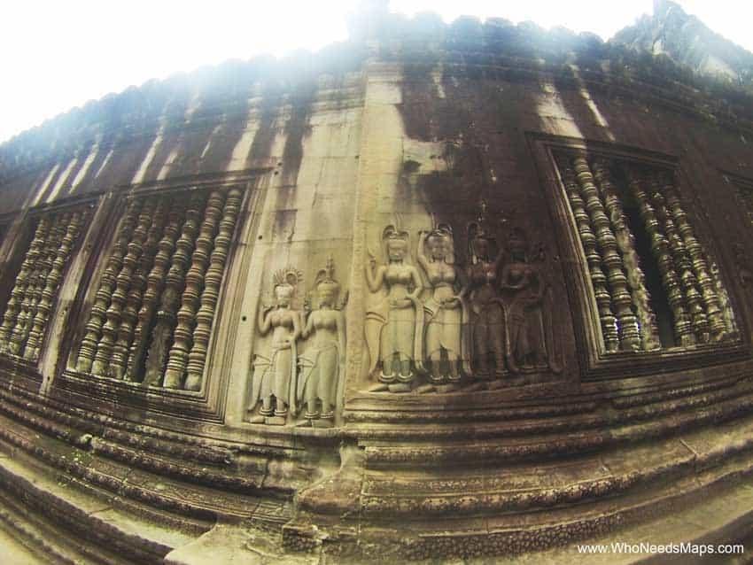 Angkor Wat pictures - Aspara Dancers