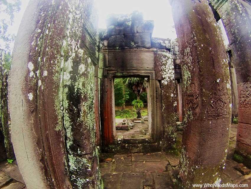 Aspara dancers - Angkor Wat pictures
