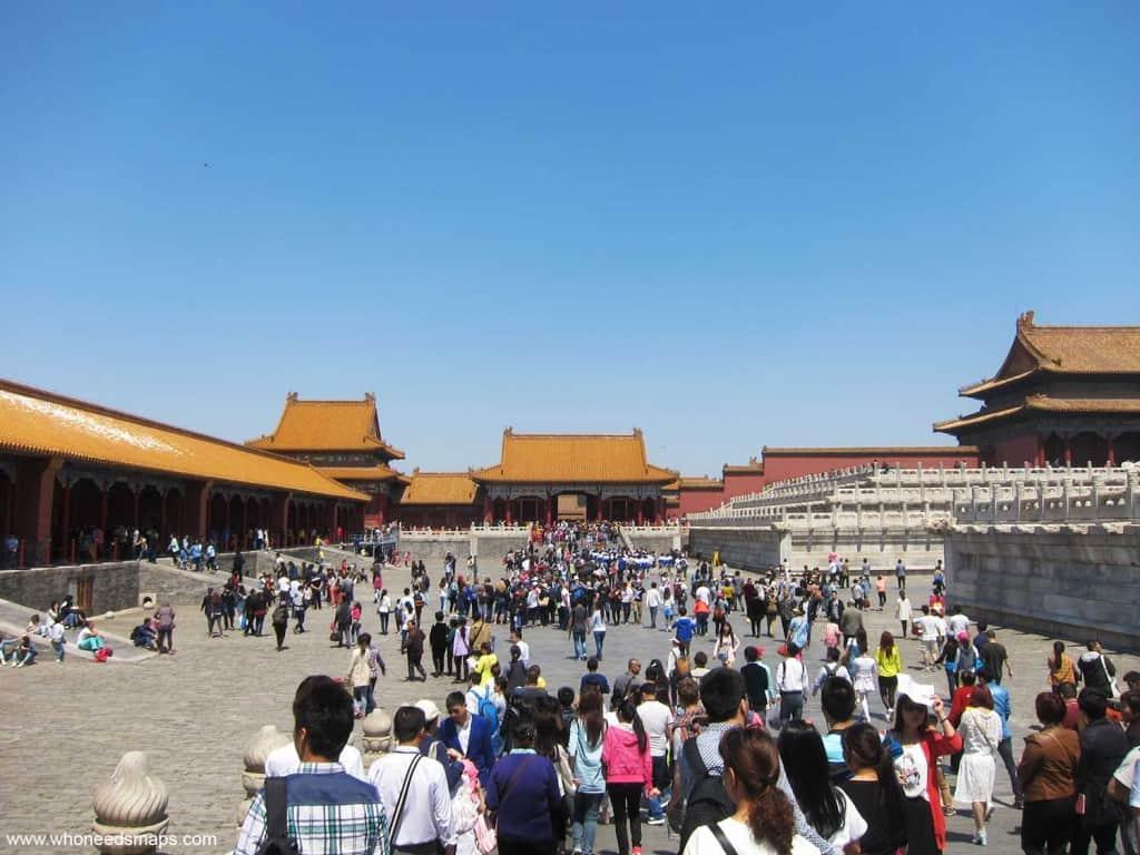 Forbidden-City-Crowds