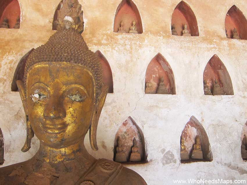 _Xieng-Khuan-in-Vientiane-Laos