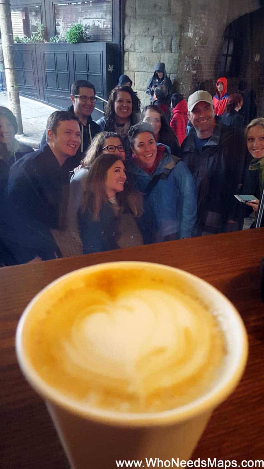 best-coffee-shops-in-seattle-ghost-alley-people