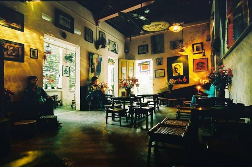 Cuoi Ngo cafe best coffee in Hanoi Vietnam