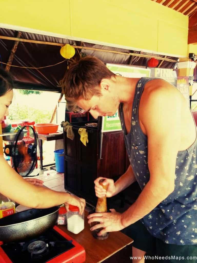 vietnamese cooking class - Jack Mixing