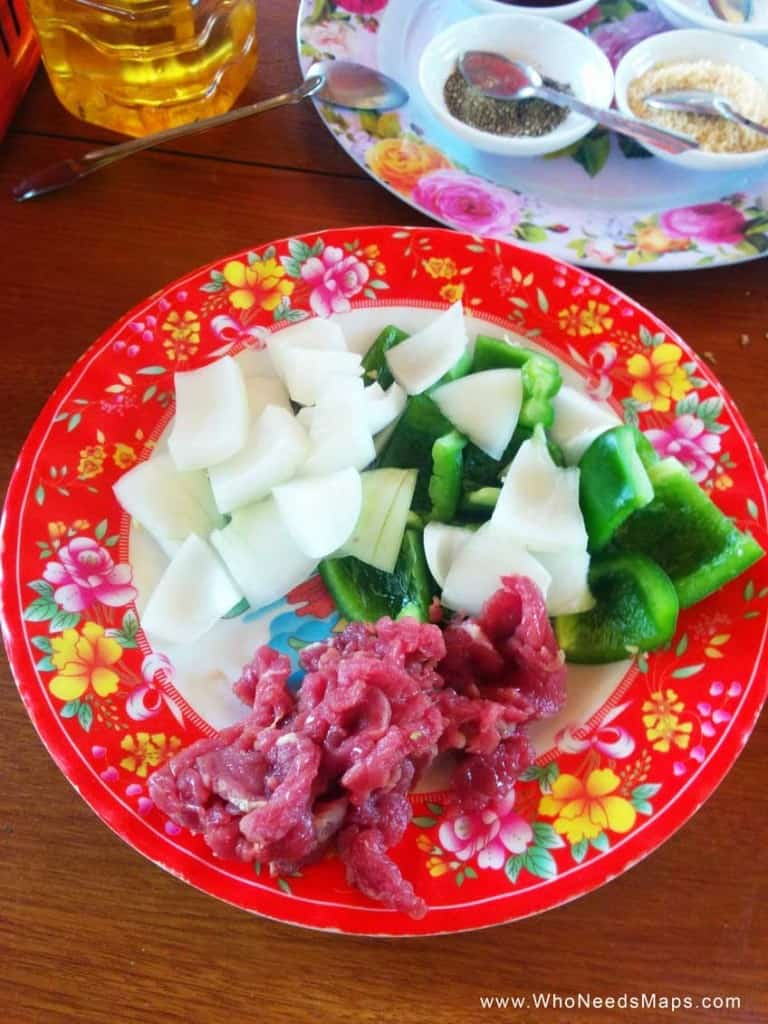 Vietnamese cooking class - Vegetable and meat