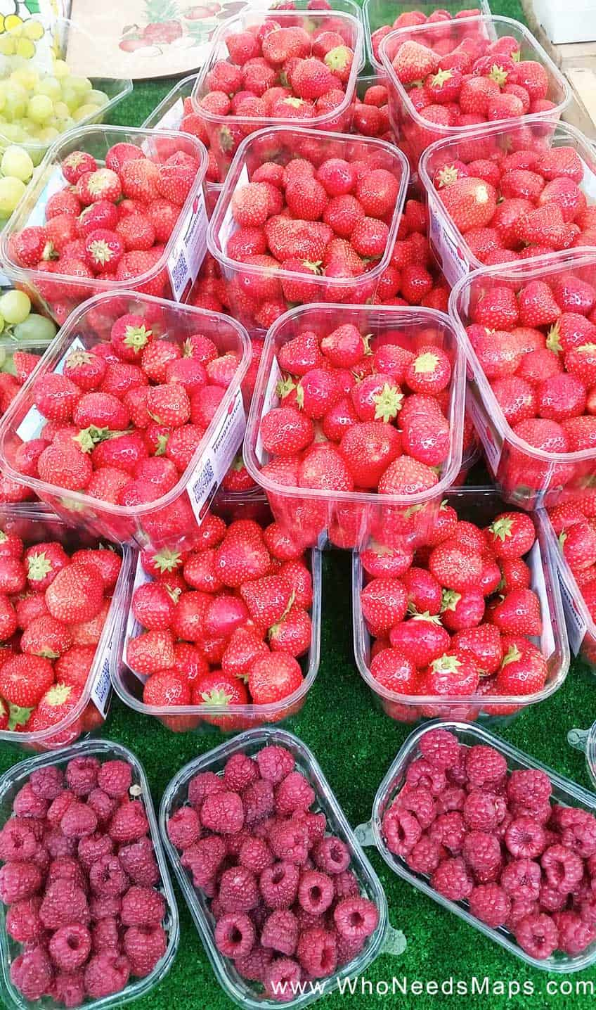 Paris Food Tour-strawberries