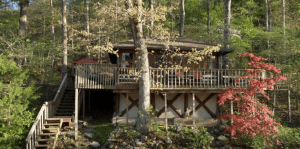 romantic treehouse hotel arkansas